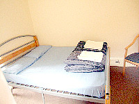 A comfortable, private Double room at Bayswater Budget Rooms