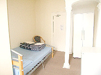 A basic Single room at Bayswater Budget Rooms