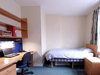 A typical Twin room at Beit Hall London
