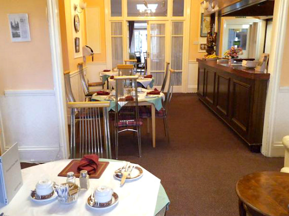 A place to eat at Fountain House Hotel