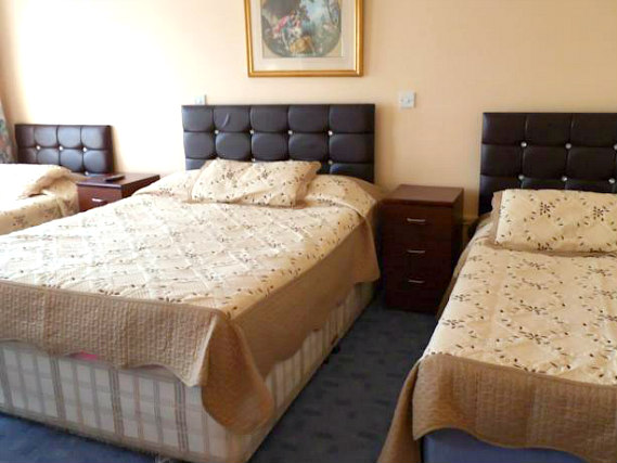 Triple rooms at Fountain House Hotel are the ideal choice for groups of friends or families