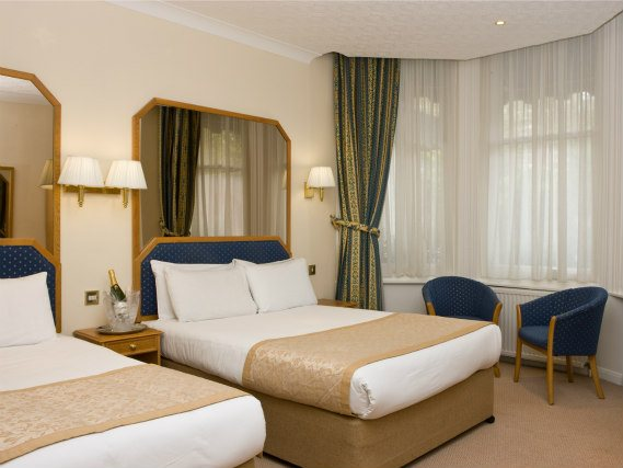 Quad rooms at Best Western Burns Hotel are the ideal choice for groups of friends or families