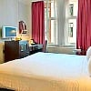 London Hotels Double with TV