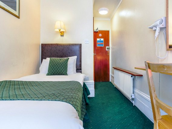 Clean, comfortable and spacious single rooms at London Town Hotel