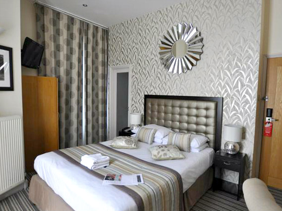 Get a good night's sleep in your comfortable room at Duke of Leinster Hotel
