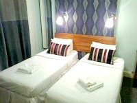 A typical twin room at So London Paddington