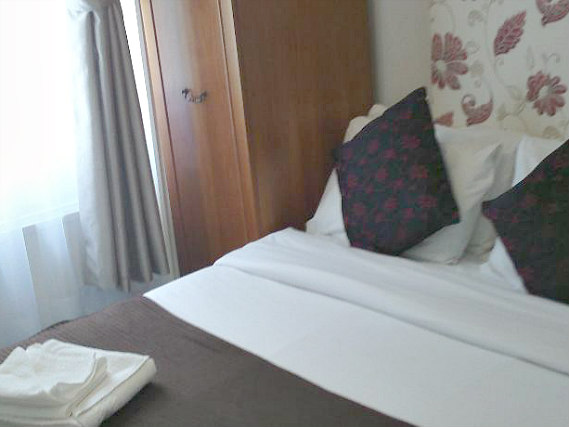 A double room at So Paddington Hotel is perfect for a couple