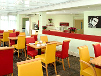 The Breakfast room at Comfort Inn Edgware Road where you can enjoy a buffet style continental Breakfast