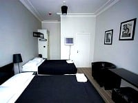 A Typical Twin Room at The Comfotel