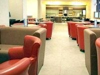 Breakfast is served in stylish, comfortable surroundings at Comfort Inn London