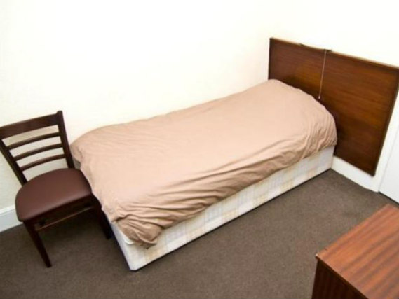 Single rooms at Queens Hotel Tufnell Park provide privacy
