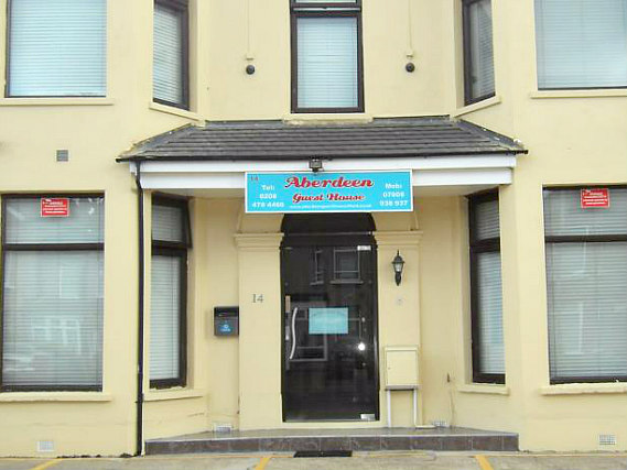 Aberdeen Guest House London is situated in a prime location in Ilford close to Ilford Station