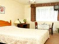 A double Room at Croydon Court Hotel