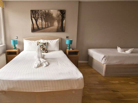 Triple rooms at Hampstead Suites are the ideal choice for groups of friends or families