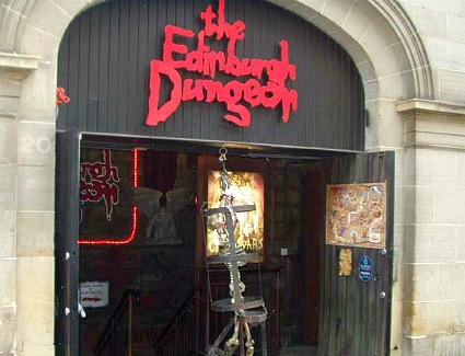 Book a hotel near Edinburgh Dungeons
