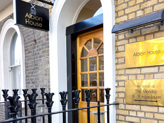 Albion House Hotel is situated in a prime location in Kings Cross close to Kings Cross Station