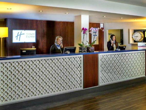 Holiday Inn Express Royal Docks has a 24-hour reception so there is always someone to help