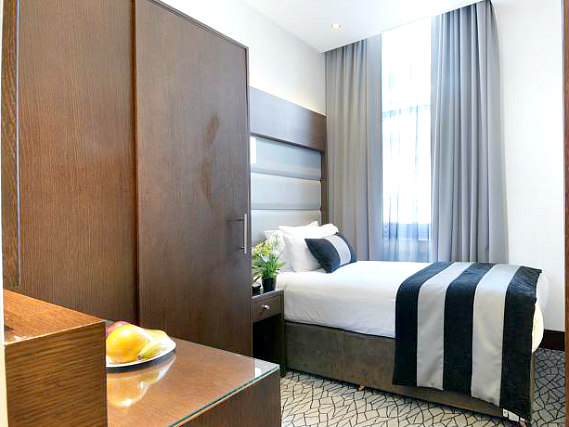 Single rooms at Paddington Court Hotel provide privacy