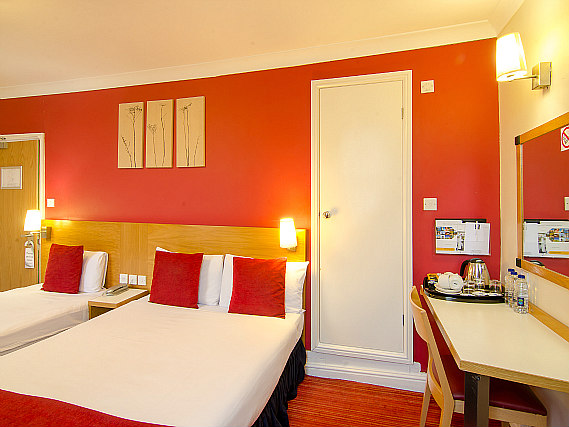 A typical triple room at Comfort Inn London - Westminster