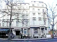 The attractive exterior of the Majestic Hotel London