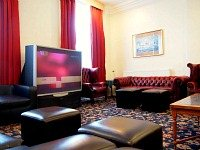 The TV Lounge at Queens Hotel London