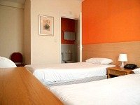 A typical triple room at Euro Hotel Clapham