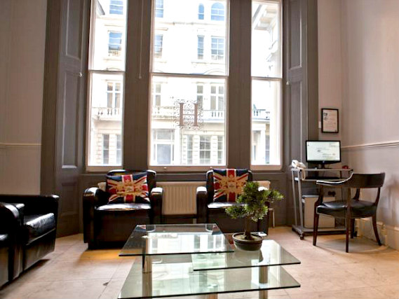 Un'area comune a Hanover Hotel London