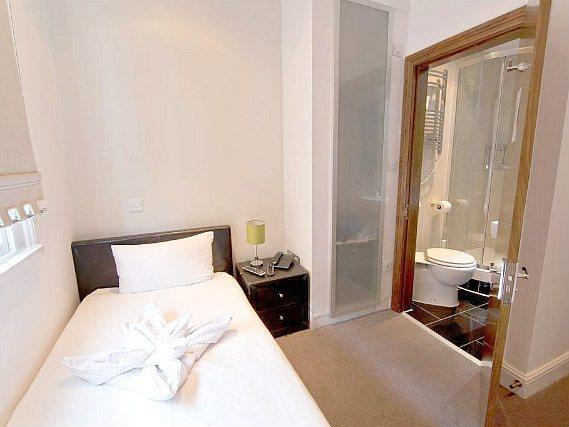 Hotel 43 london londra prenotare su for 43 queensborough terrace