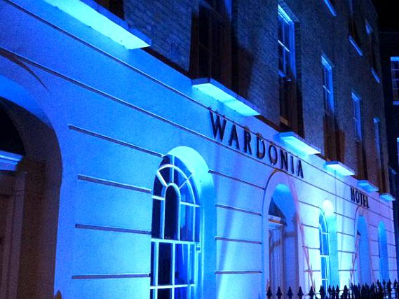 Wardonia Hotel is located close to British Library
