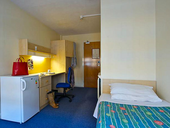 Single rooms at Stamford Street Apartment Rooms provide privacy