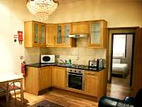 A typical kitchen at Hyde Park Suites
