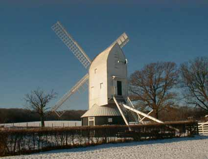 Prenotare un hotel in Lowfield Heath Windmill