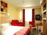Holiday Inn Express Limehouse - Una tipica stanza