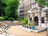 London Tourist Attractions In Embankment