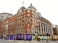Book hotels near Knightsbridge
