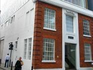 Book hotels near Hoxton