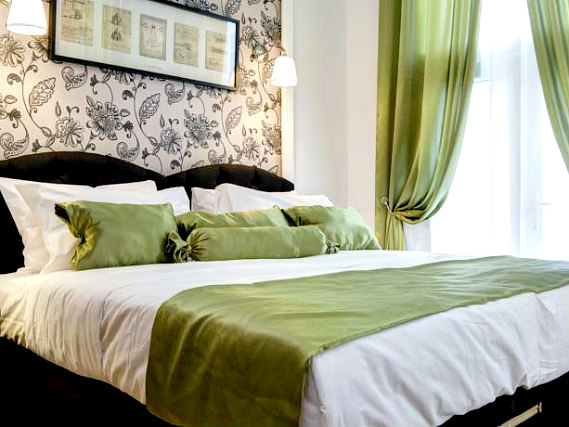 Get a good night's sleep in your comfortable room at Hotel 82 London