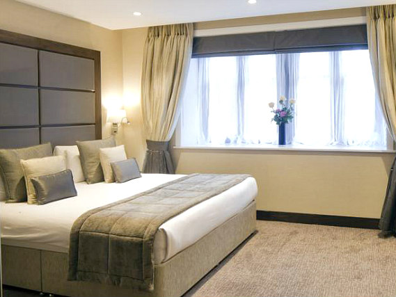 A double room at Grange Wellington Hotel